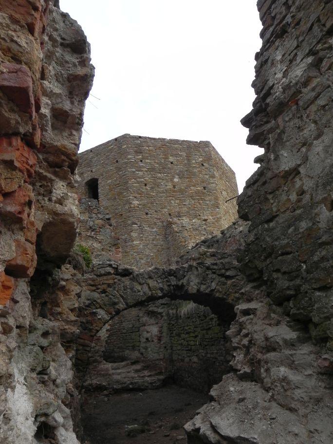 2011-04-17 Inowłódz - ruiny zamku (55)