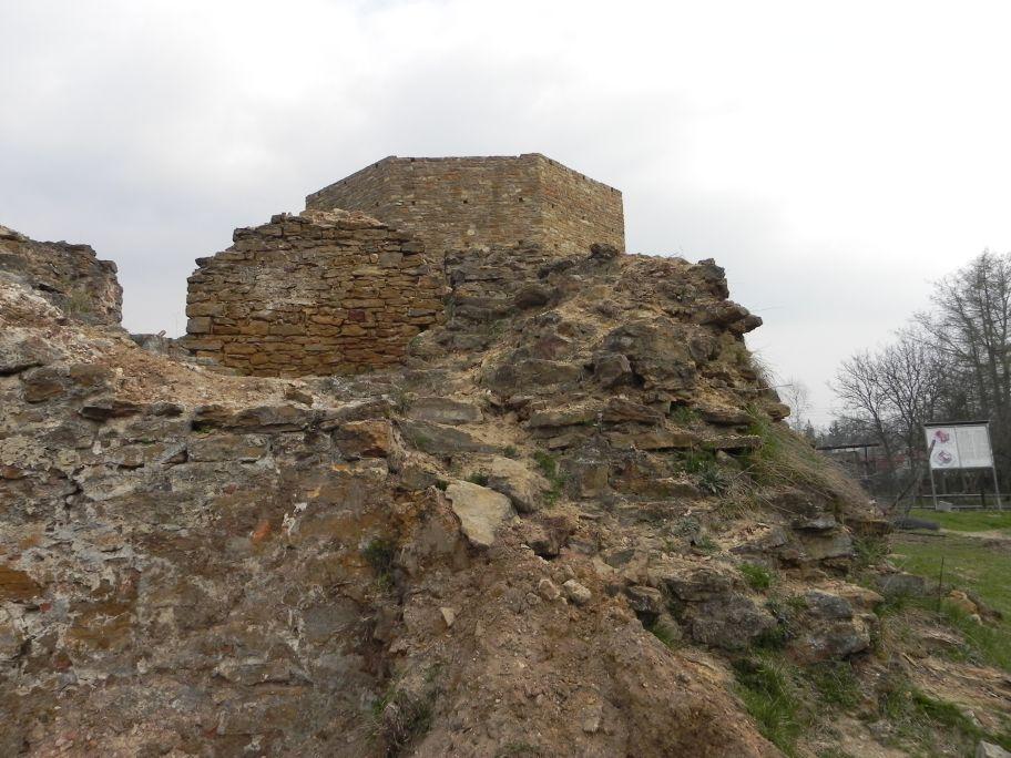 2011-04-17 Inowłódz - ruiny zamku (63)