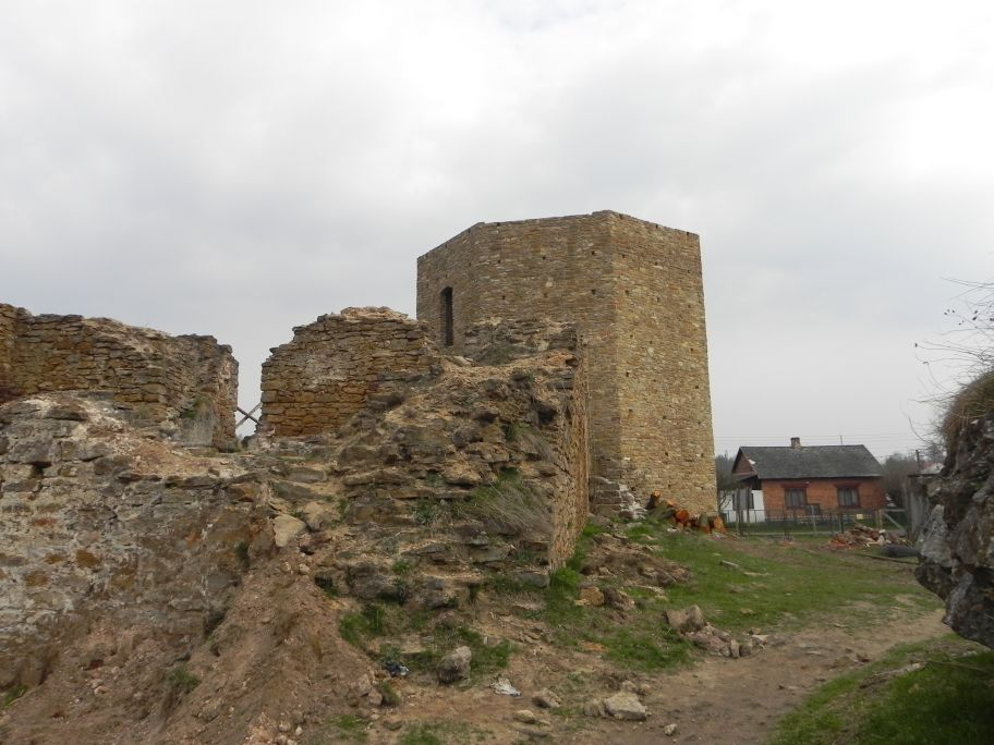 2011-04-17 Inowłódz - ruiny zamku (67)