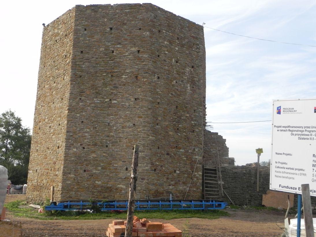 2011-09-11 Inowłódz - ruiny zamku (7)