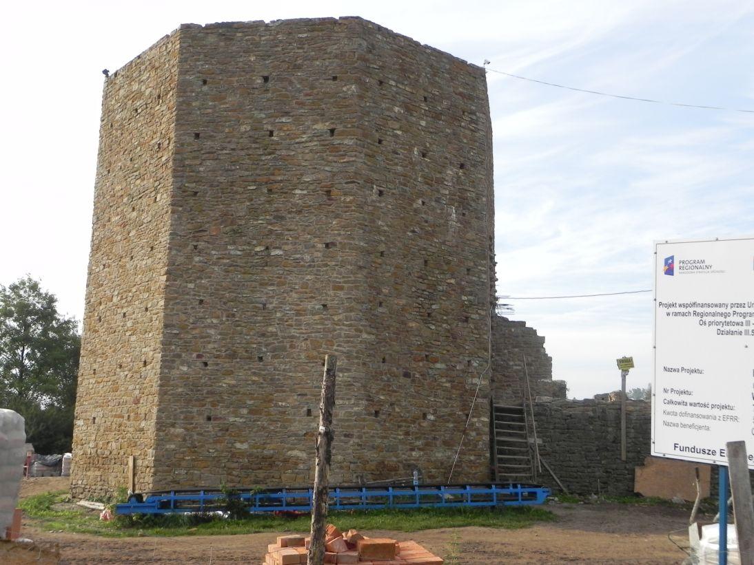 2011-09-11 Inowłódz - ruiny zamku (8)