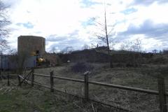2011-04-10 Inowłódz - ruiny zamku (7)