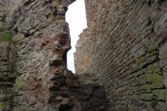 2011-04-17 Inowłódz - ruiny zamku (35)