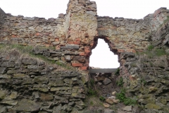 2011-04-17 Inowłódz - ruiny zamku (39)