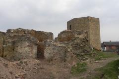 2011-04-17 Inowłódz - ruiny zamku (71)