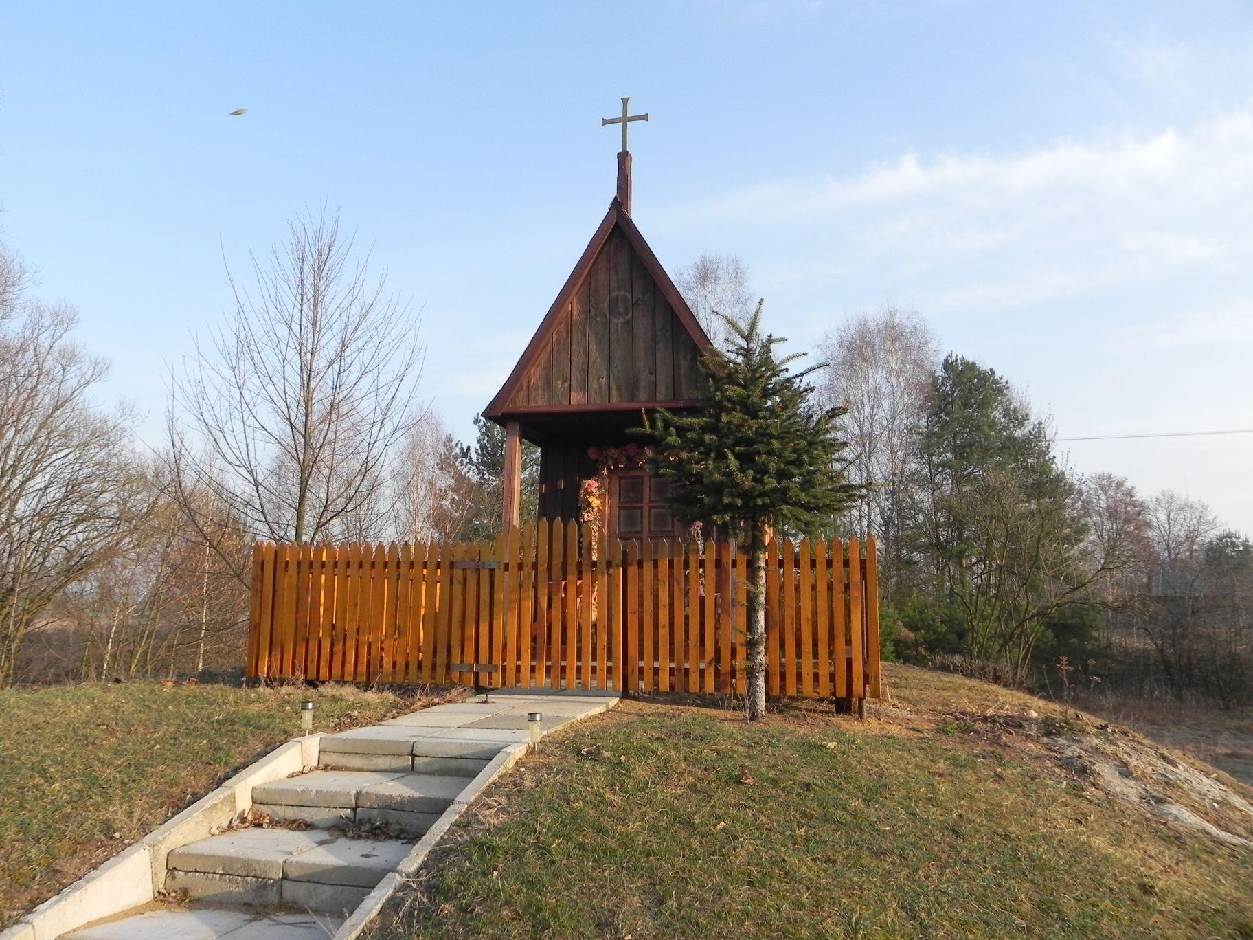 Chociwek - kapliczka (8)