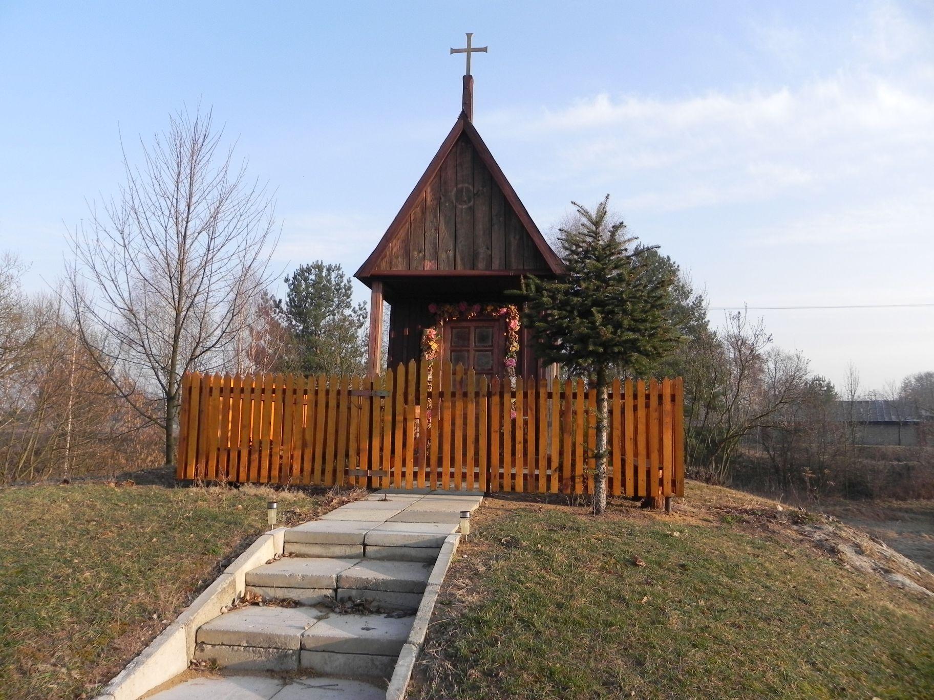 Chociwek - kapliczka (9)