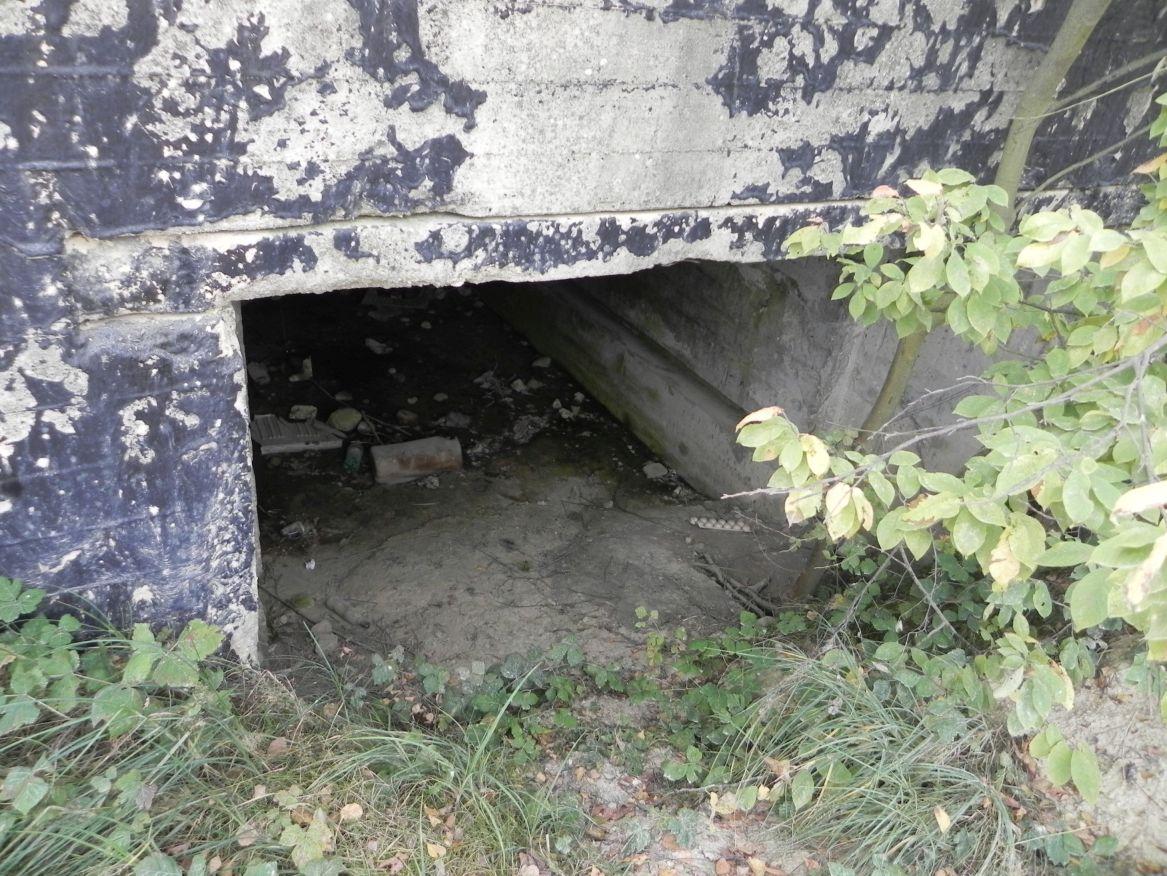Inowłódz Kop. - bunkier Garaż-1 (28)