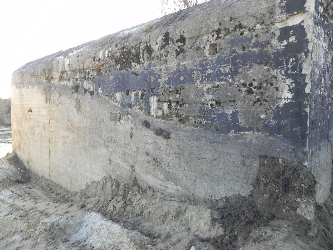 Inowłódz Kop. - bunkier Garaż-1 (55)