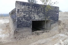 Inowłódz Kop. - bunkier Garaż-1 (32)