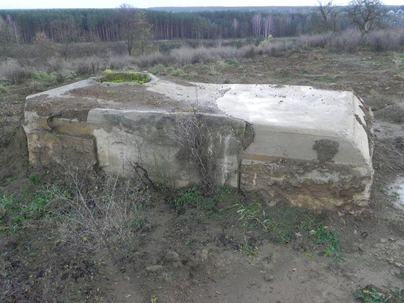 Inowłódz Koś - bunkier Tobruk-1 (1)