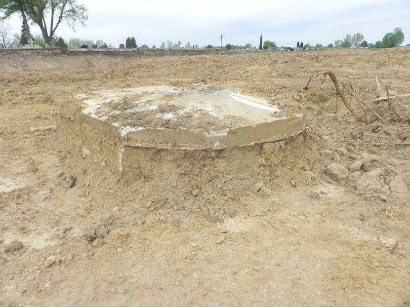 Inowłódz Koś - bunkier Tobruk-2 (24)