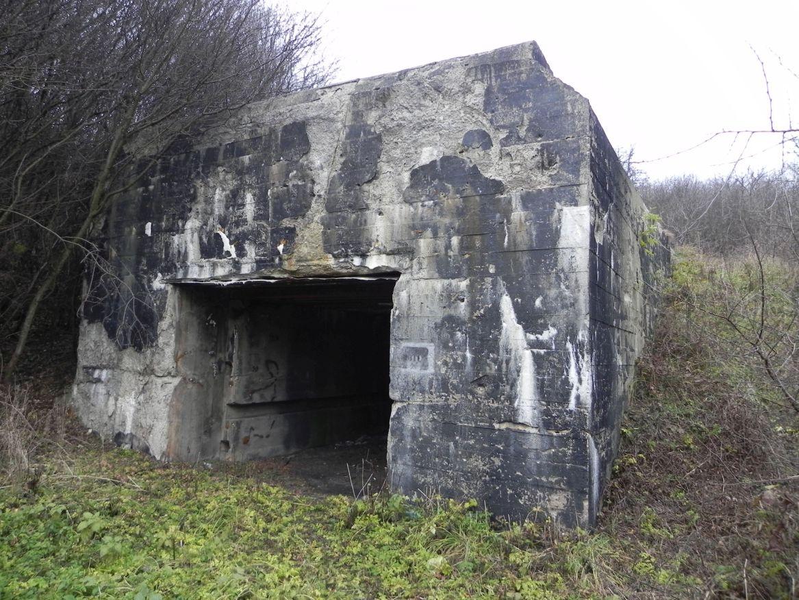 Inowłódz Koś - bunkier Garaż-3 (2)