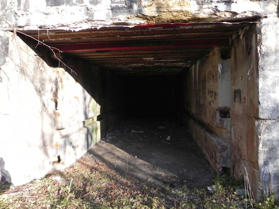 Inowłódz Koś - bunkier Garaż-3 (21)