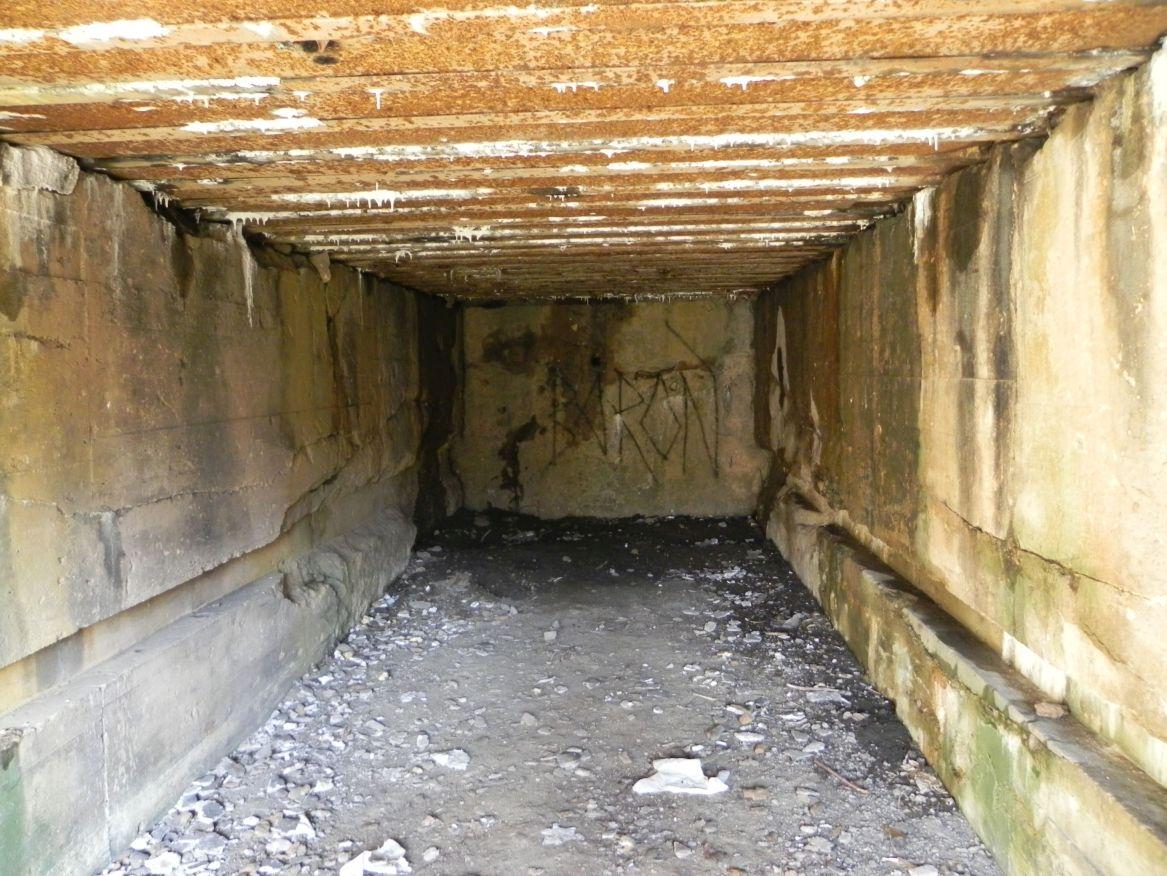 Inowłódz Koś - bunkier Garaż-3 (34)