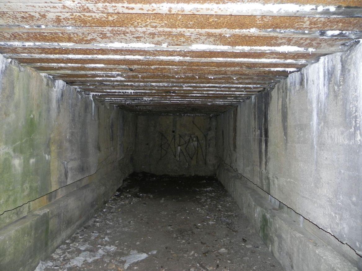 Inowłódz Koś - bunkier Garaż-3 (4)