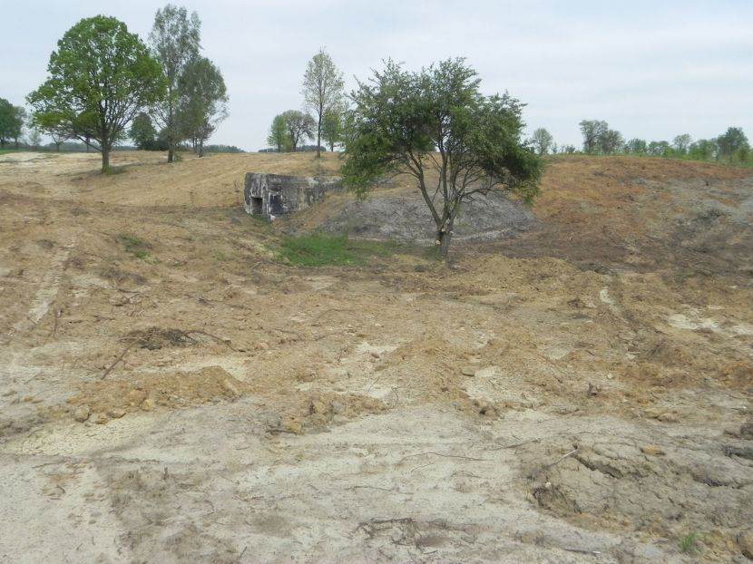 Inowłódz Koś - bunkier Garaż-3 (41)