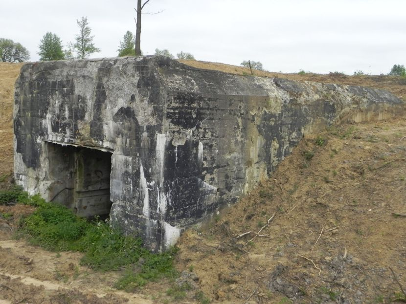 Inowłódz Koś - bunkier Garaż-3 (43)