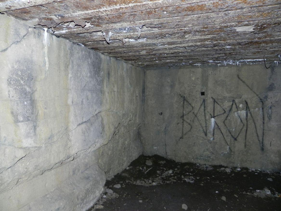 Inowłódz Koś - bunkier Garaż-3 (5)