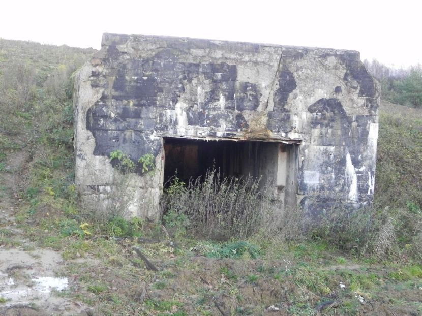 Inowłódz Koś - bunkier Garaż-3 (50)