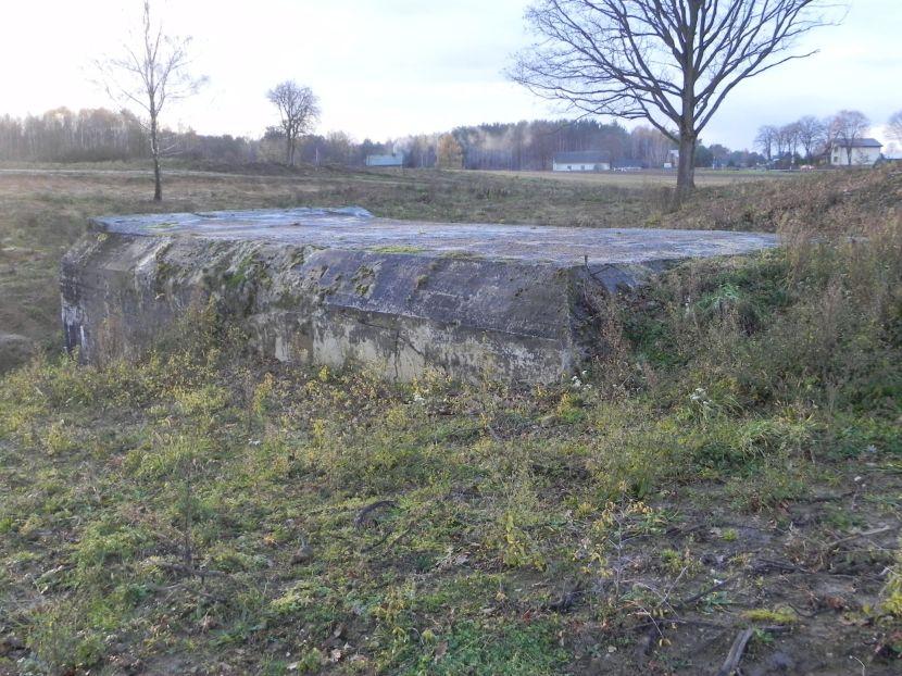 Inowłódz Koś - bunkier Garaż-3 (56)