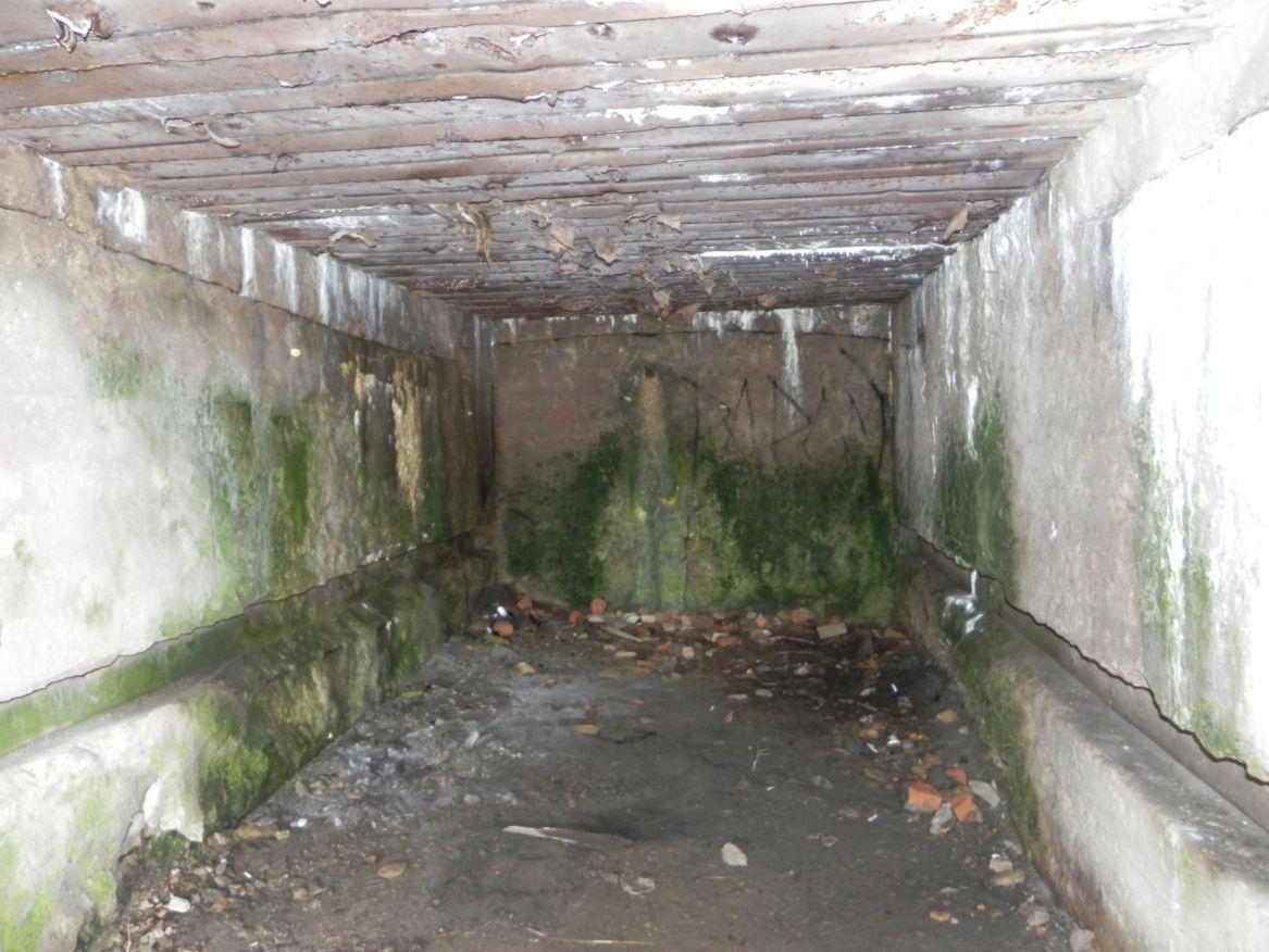 Inowłódz Koś - bunkier Garaż-6 (16)