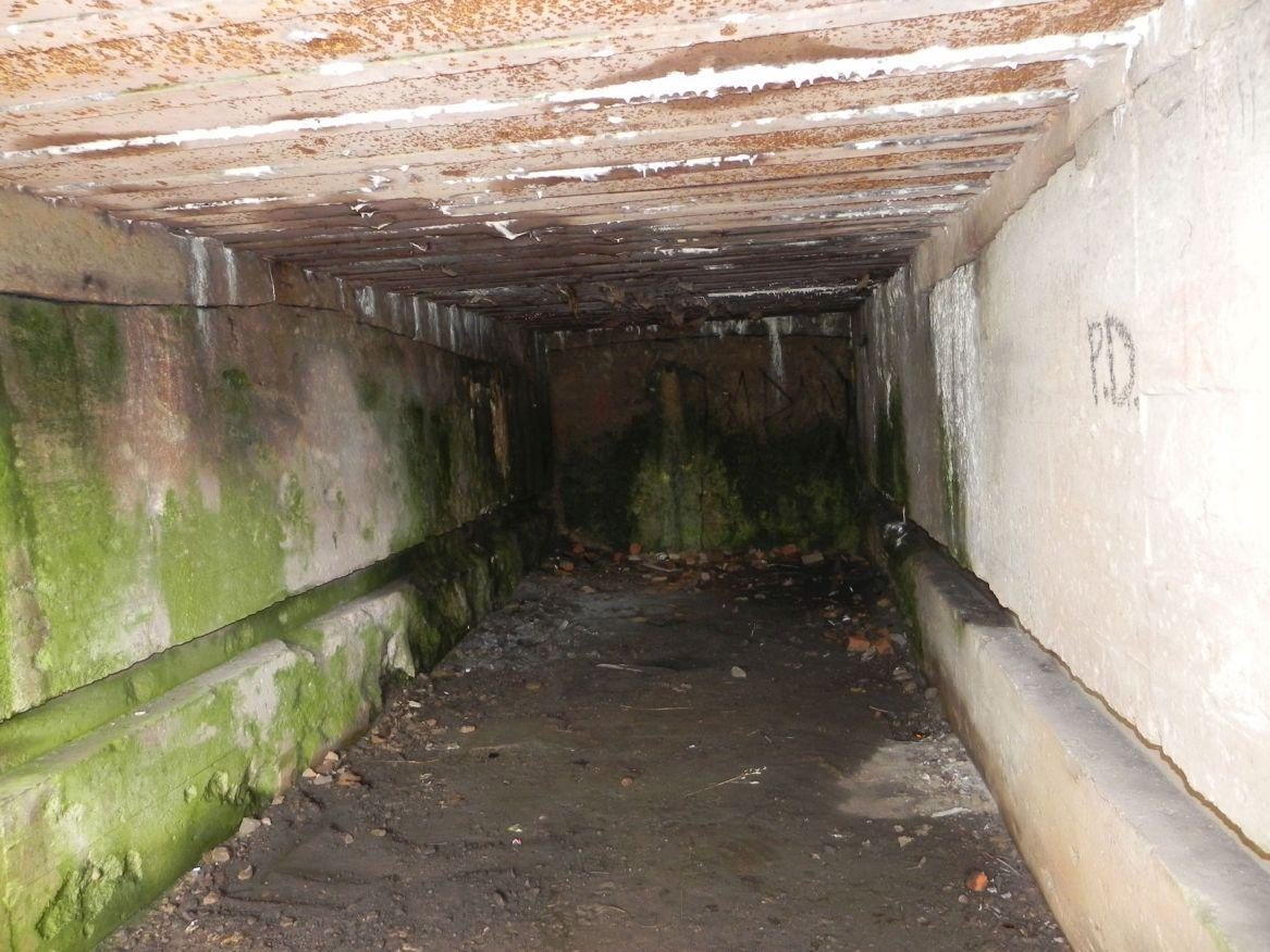 Inowłódz Koś - bunkier Garaż-6 (17)