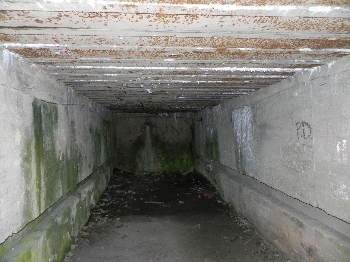 Inowłódz Koś - bunkier Garaż-6 (25)