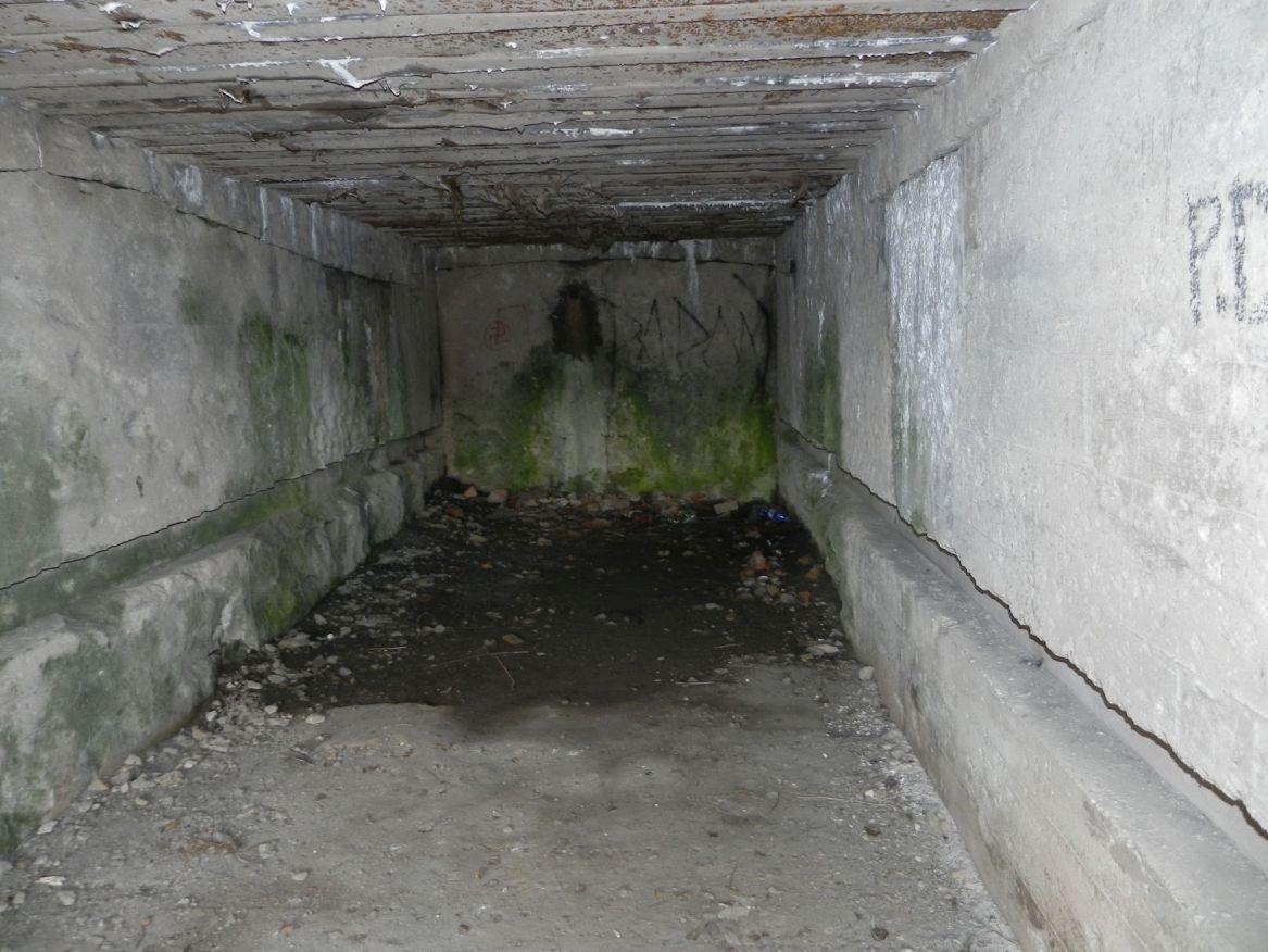 Inowłódz Koś - bunkier Garaż-6 (5)