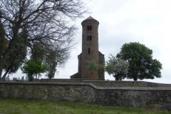 Inowłódz - zmiany na wzgórzu wokół kościoła (3)