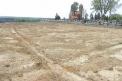 Inowłódz - zmiany na wzgórzu wokół kościoła (7)