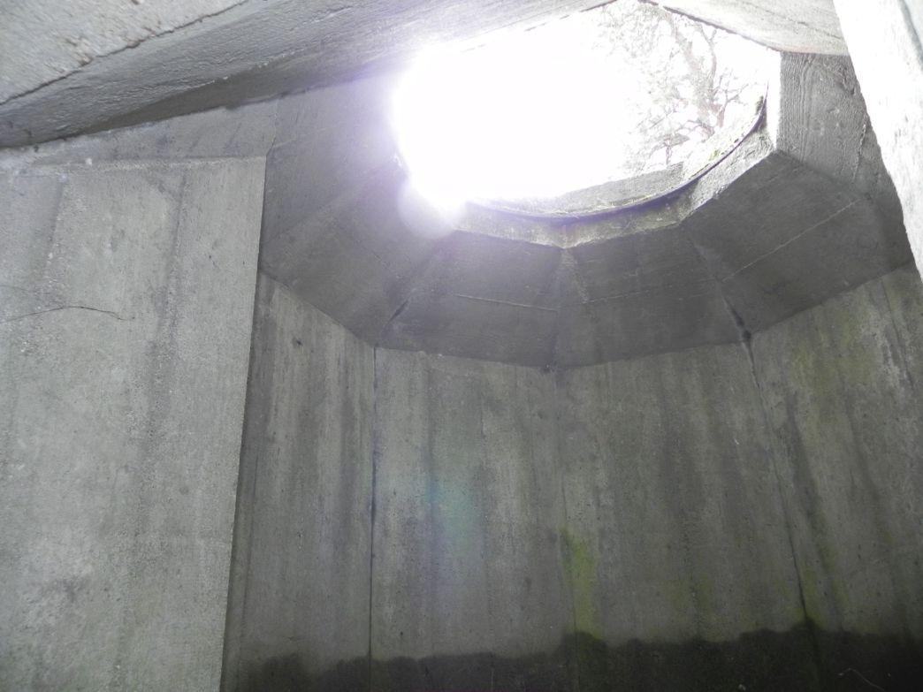 Inowłódz Wzg - bunkier Tobruk-2 (5)