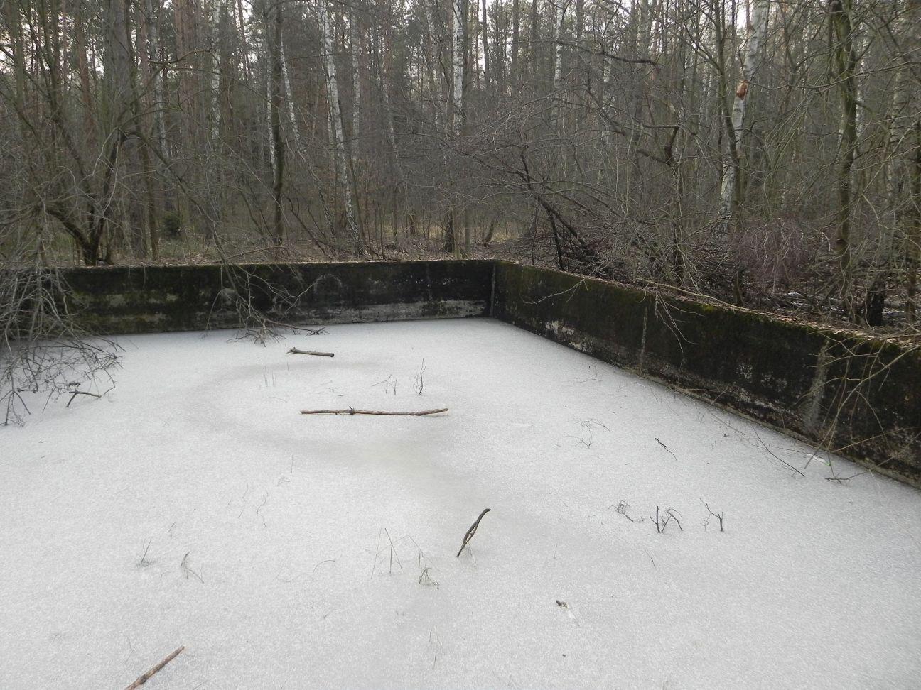 Jeleń - Bunkier Basen Przeciwpożarowy (16)