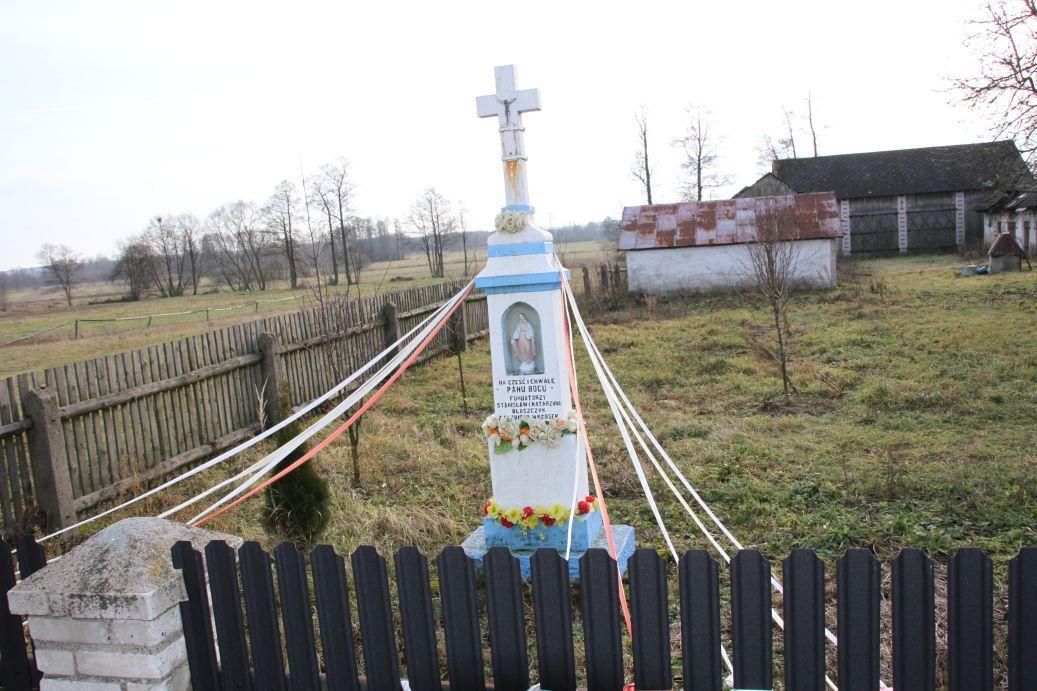 2020-01-12 Idzikowice kapliczka nr1 (3)