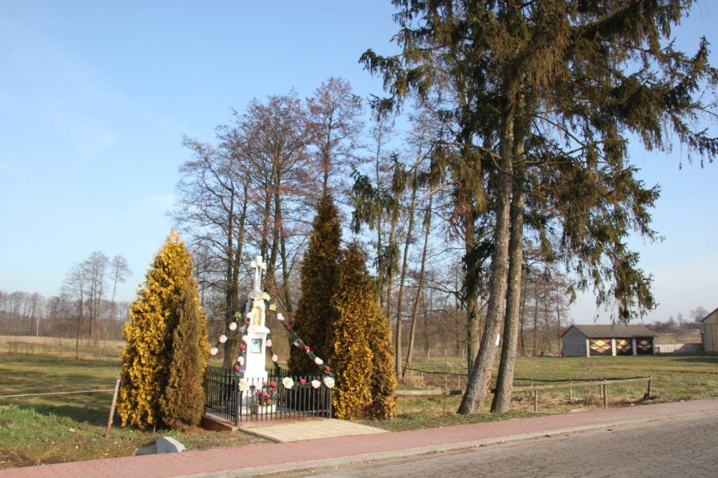 2020-02-09 Kolonia Libiszów kapliczka nr2 (3)