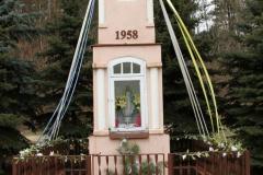 2020-02-02 Zakościele k. Inowłodza kapliczka nr1 (6)