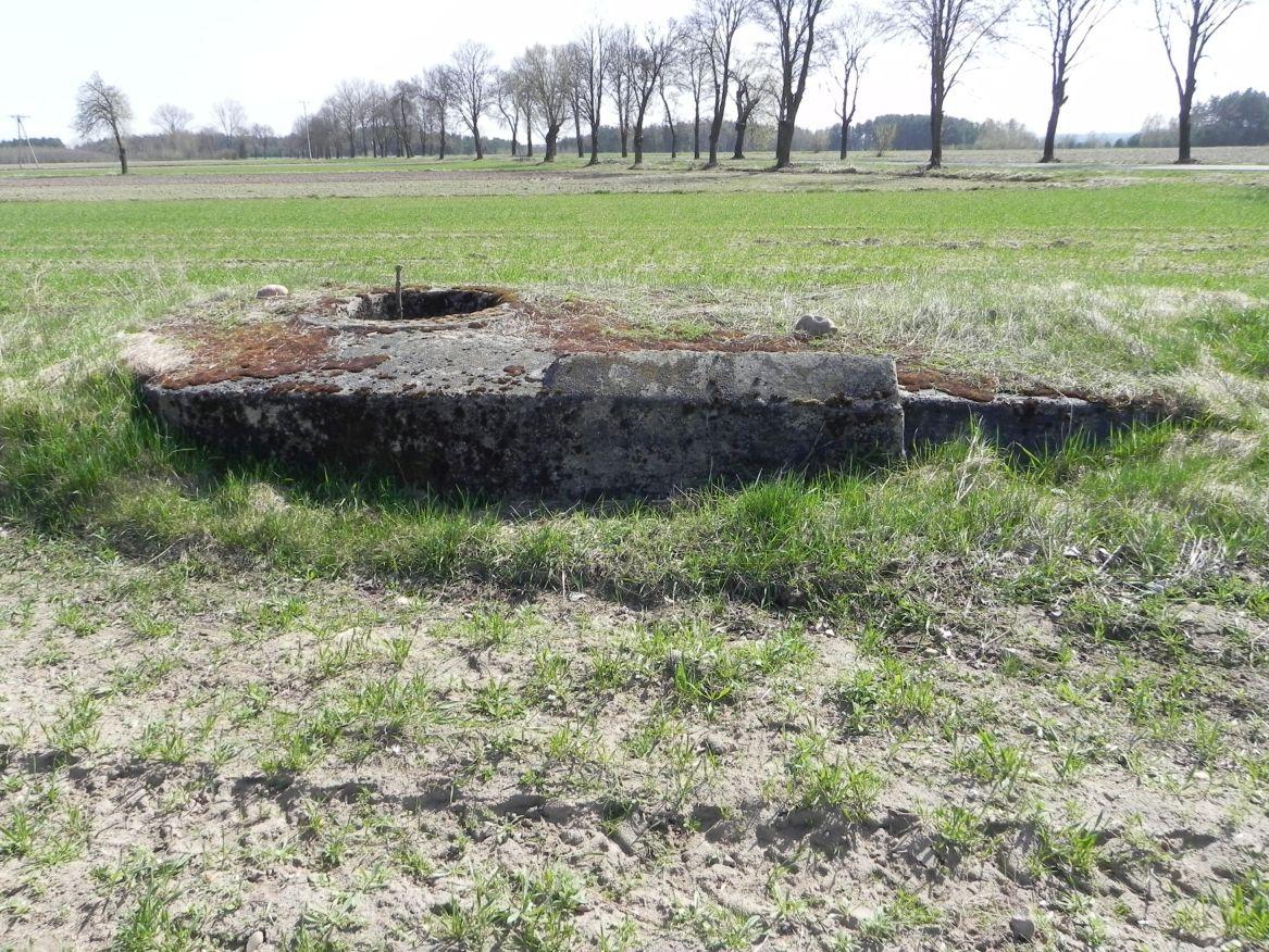 Lubocz - bunkier Tobruk-5 (1)