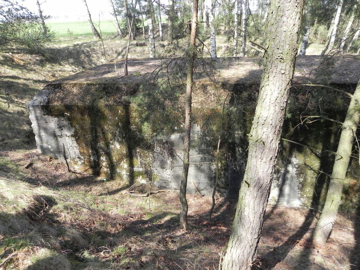Lubocz - bunkier Garaż-7 (10)