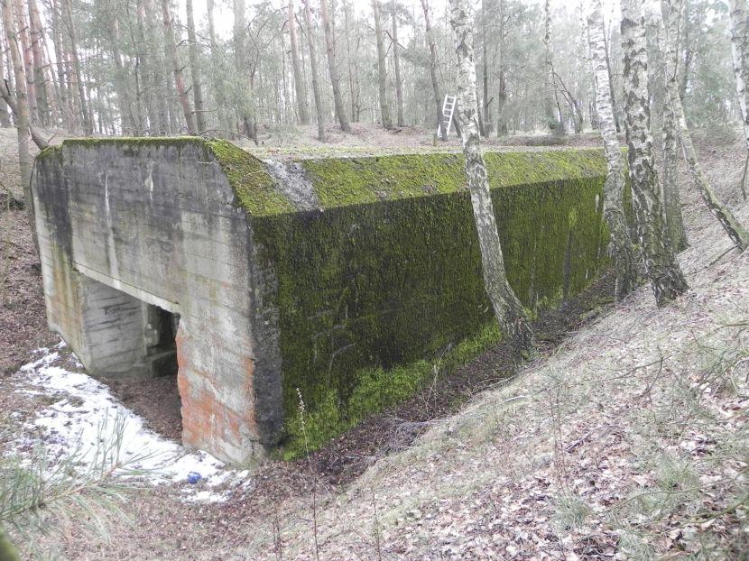 Lubocz - bunkier Garaż-7 (100)