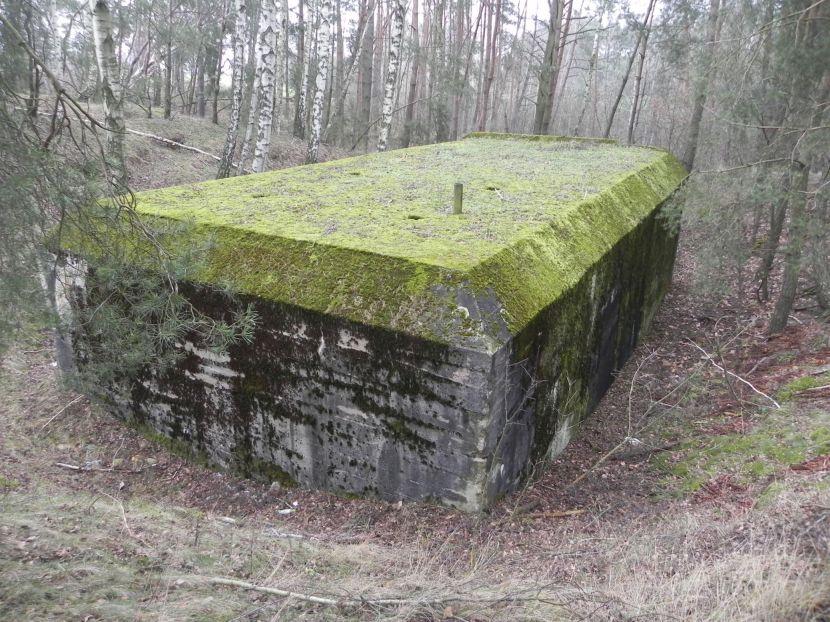 Lubocz - bunkier Garaż-7 (114)