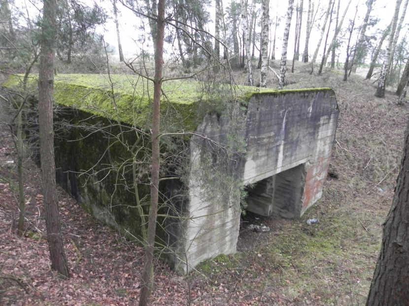 Lubocz - bunkier Garaż-7 (116)