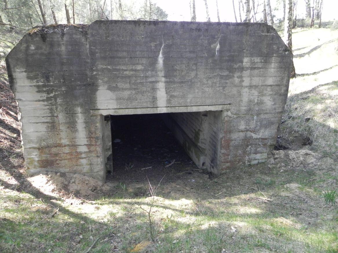 Lubocz - bunkier Garaż-7 (22)