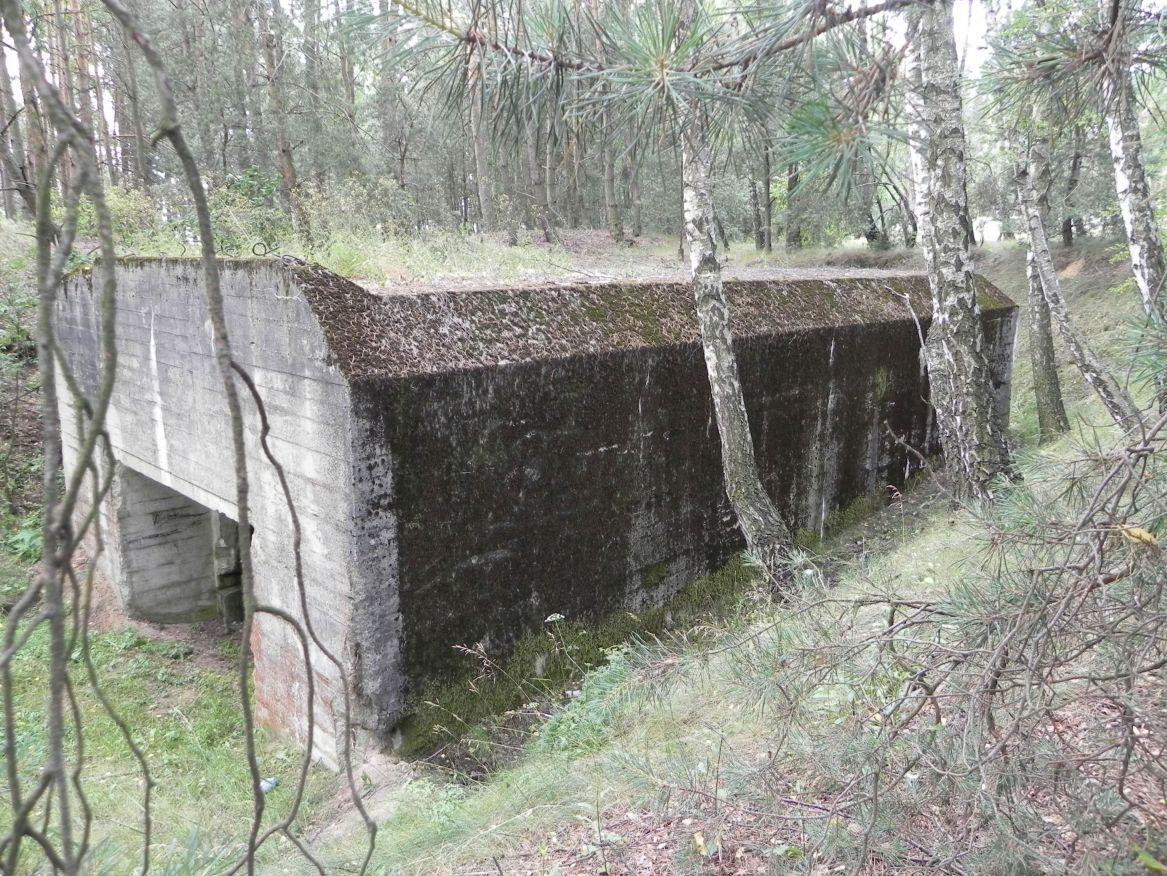 Lubocz - bunkier Garaż-7 (23)
