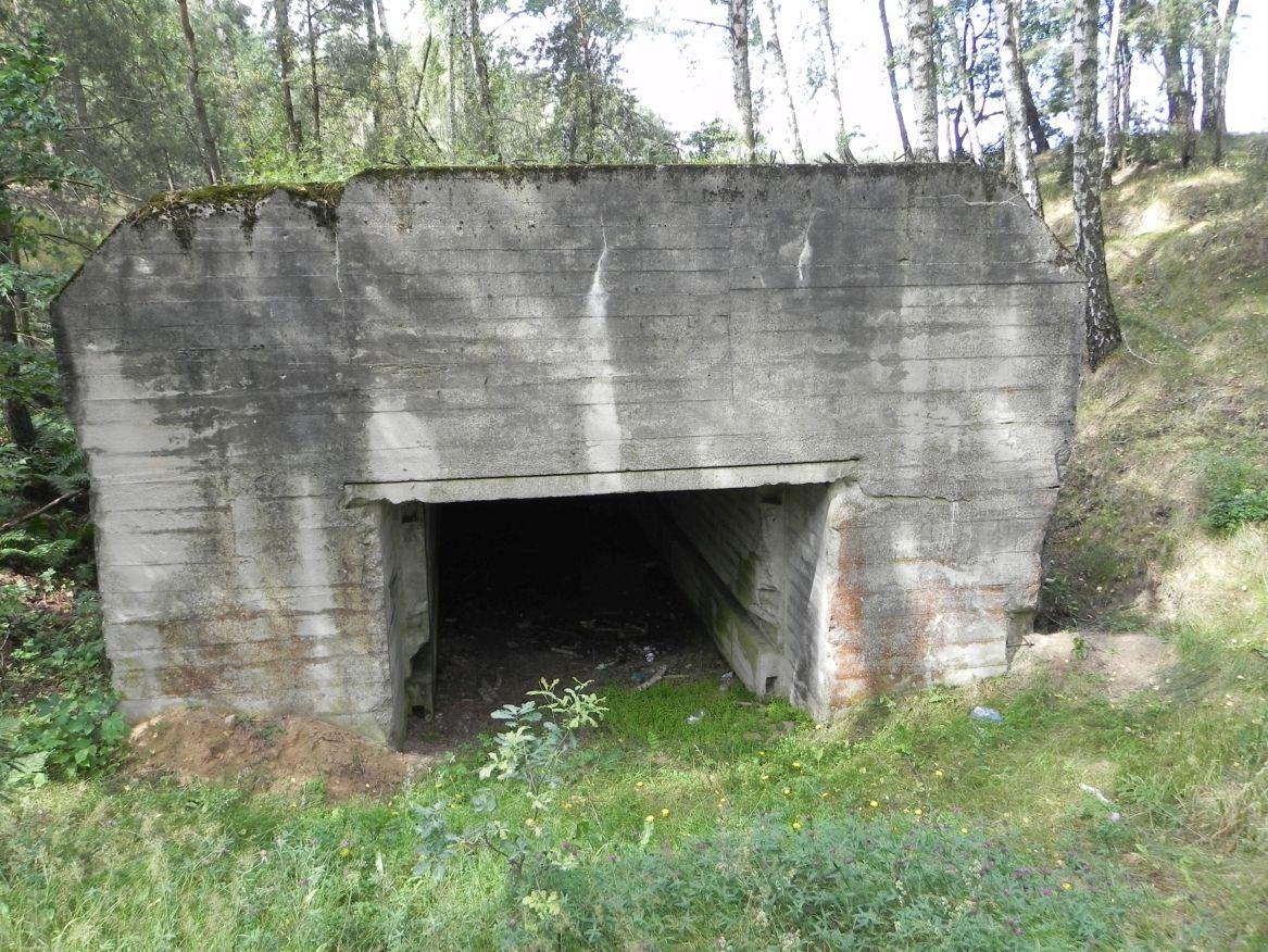 Lubocz - bunkier Garaż-7 (30)