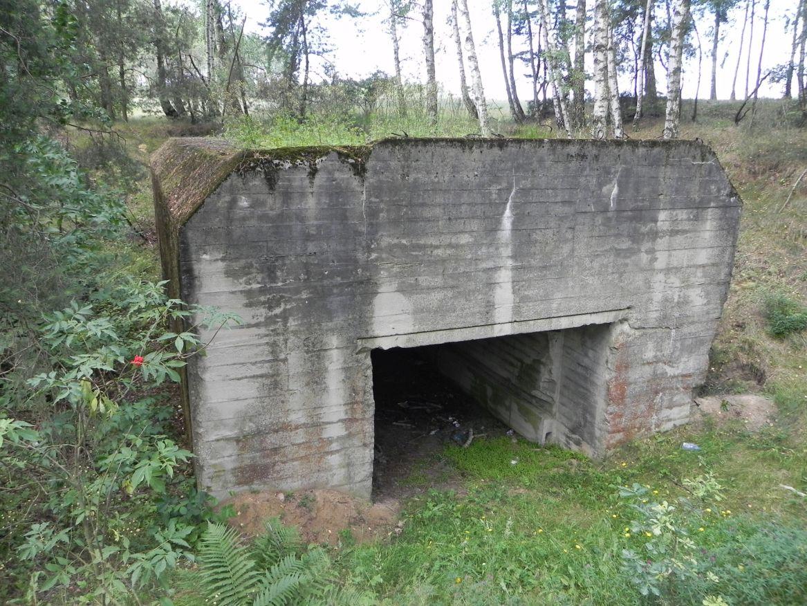 Lubocz - bunkier Garaż-7 (33)