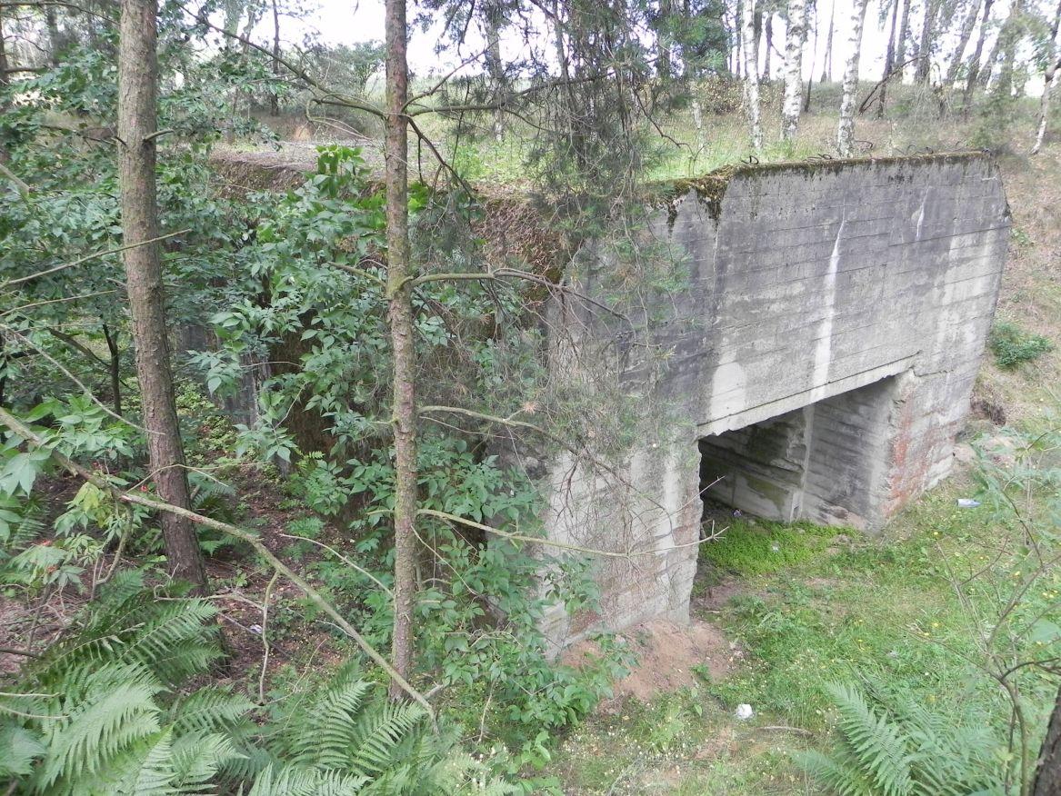 Lubocz - bunkier Garaż-7 (34)