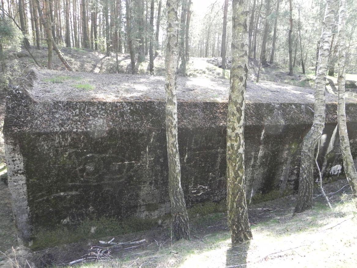 Lubocz - bunkier Garaż-7 (4)