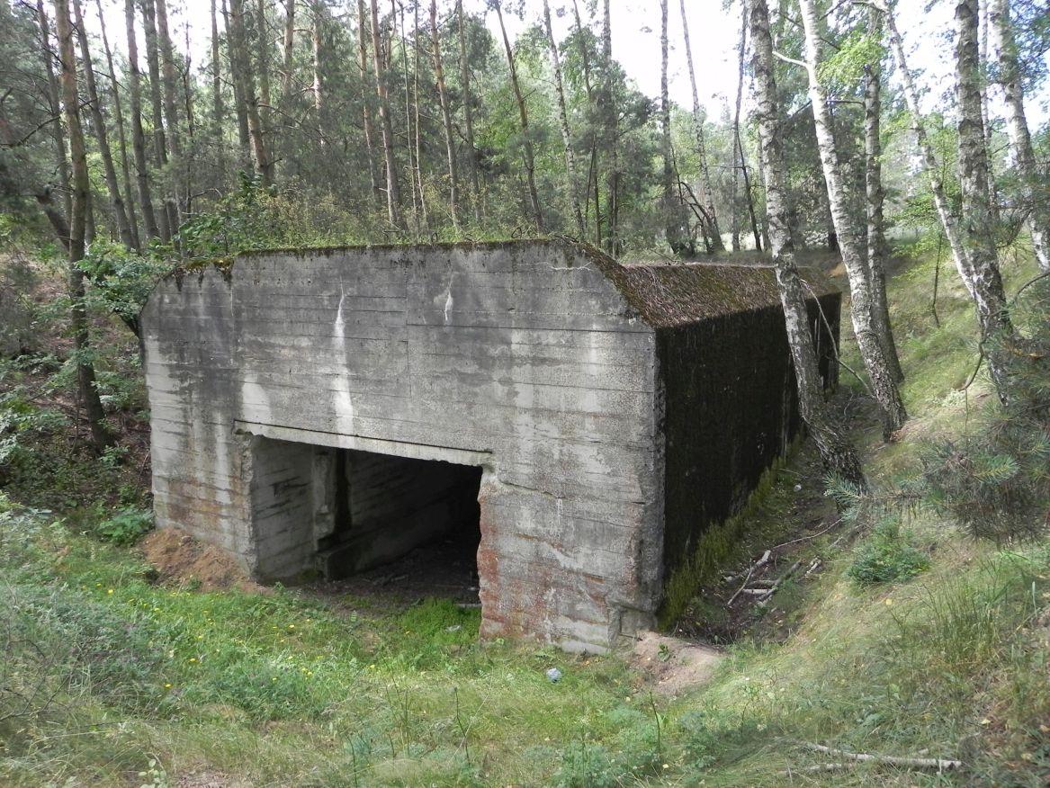 Lubocz - bunkier Garaż-7 (49)