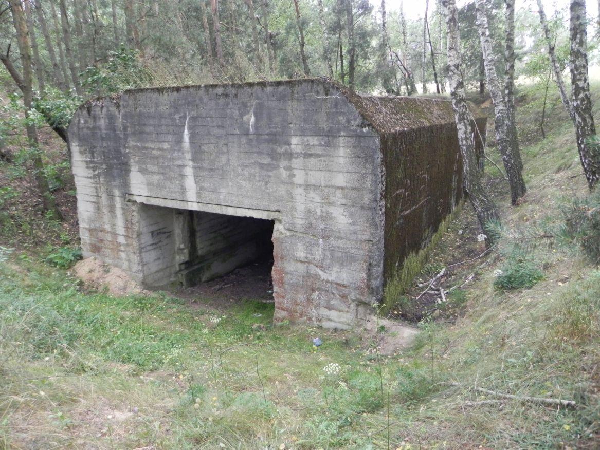 Lubocz - bunkier Garaż-7 (56)