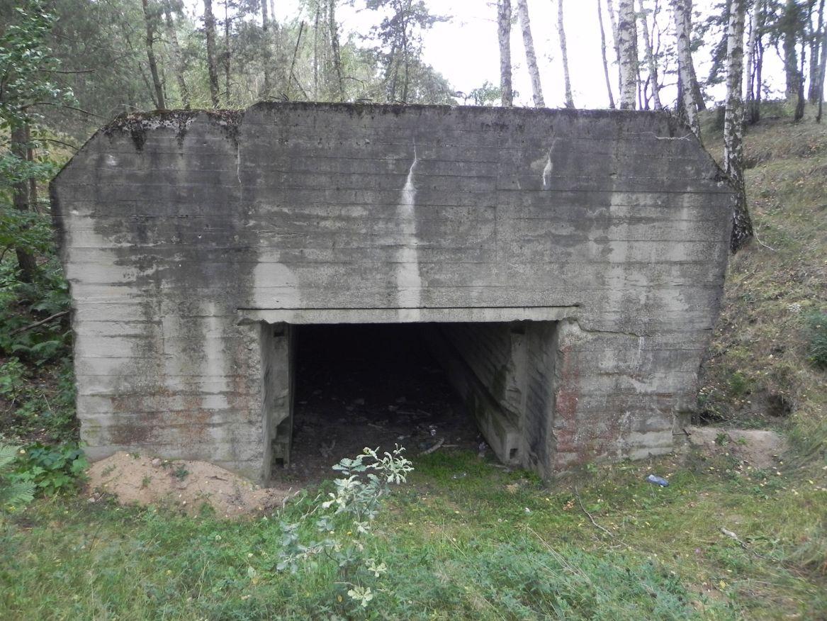 Lubocz - bunkier Garaż-7 (57)